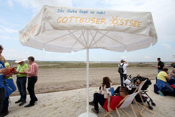 Ruhestelle auf der künftigen Naturschutzinsel am Tag der offenen Baustelle Cottbuser Ostsee, Foto: Andreas Franke