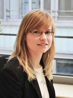 Praktikantin Christiane Mai, Personalplanung und -controlling