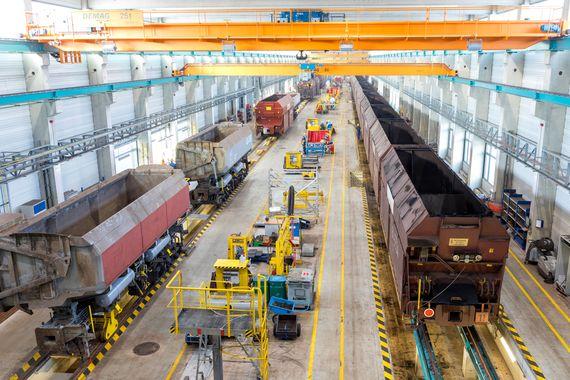 Schienenfahrzeuginstandsetzungshalle im Industriepark Schwarze Pumpe, Foto: LEAG